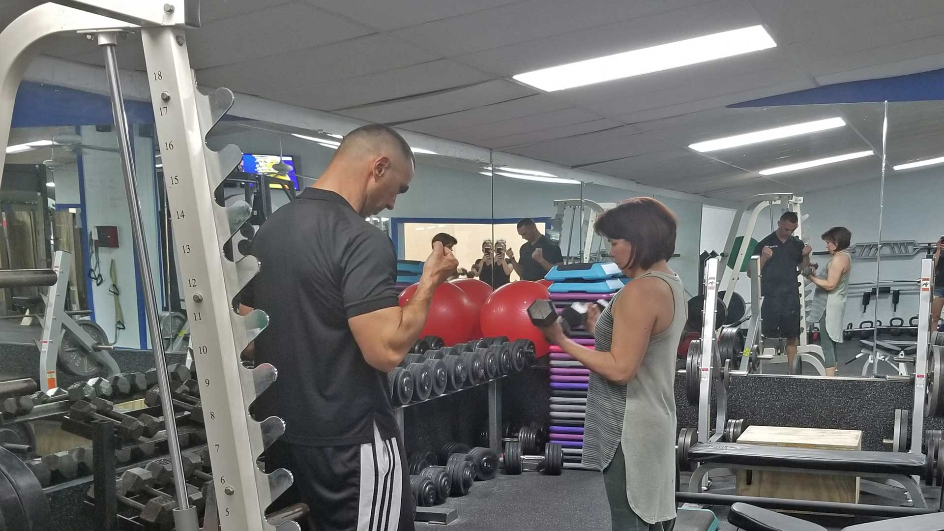 FastTwitch Fitness Performance Francois Tort training with a client.