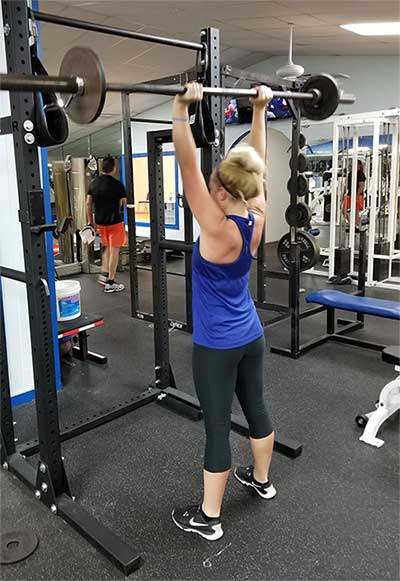 Building muscle and strength to decrease weight and gain muscle at a gym in Apollo Beach, FL.